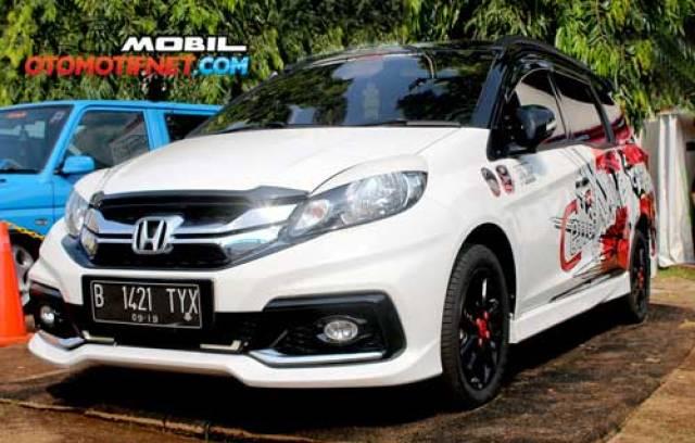 20 Konsep Modifikasi Honda Mobilio Terbaru
