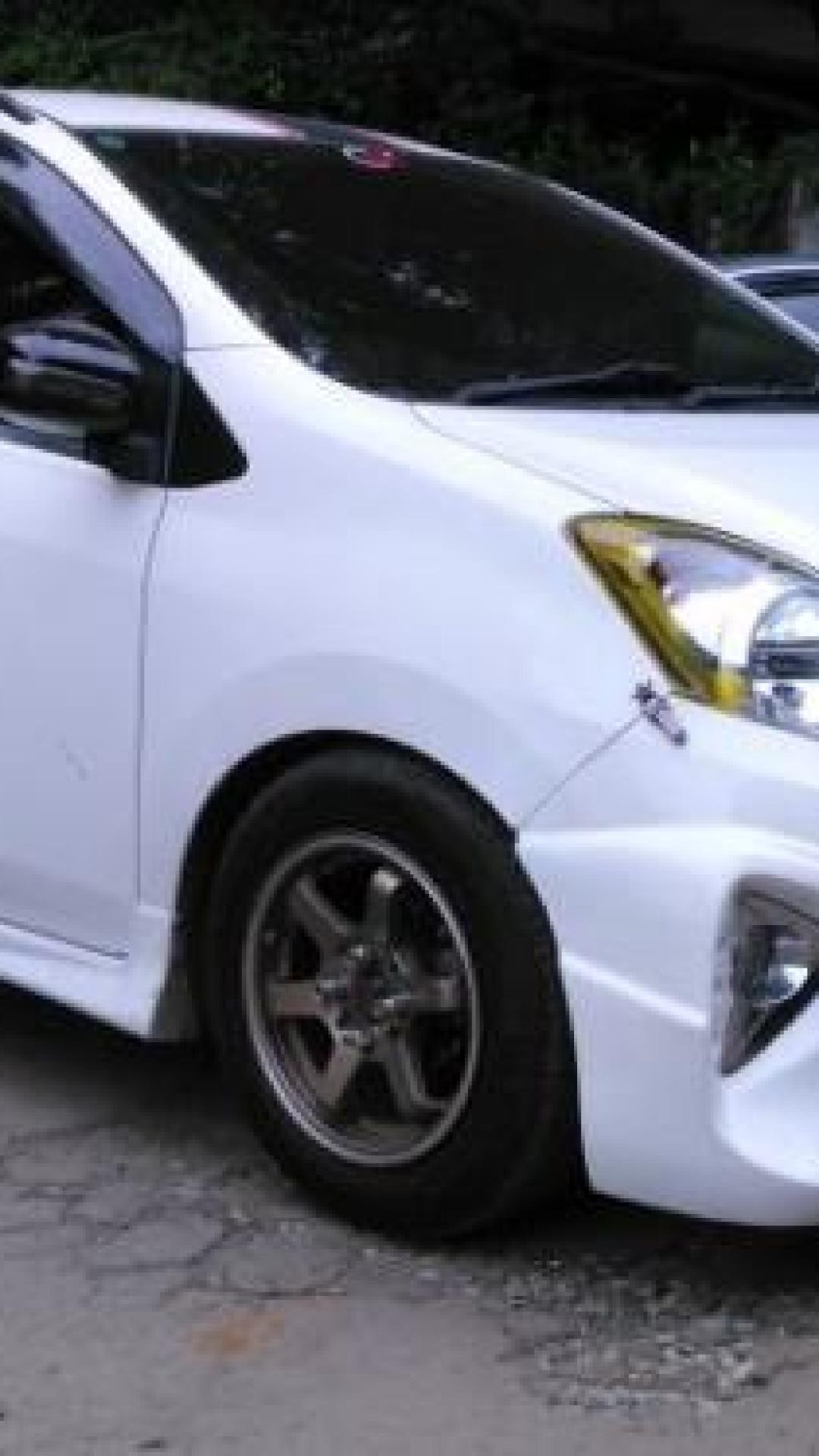 30 Modifikasi Toyota Agya Tipe TRD S G E 11