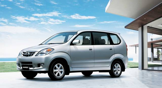 Kelebihan dan Kekurangan Mobil Toyota Avanza Gen 1