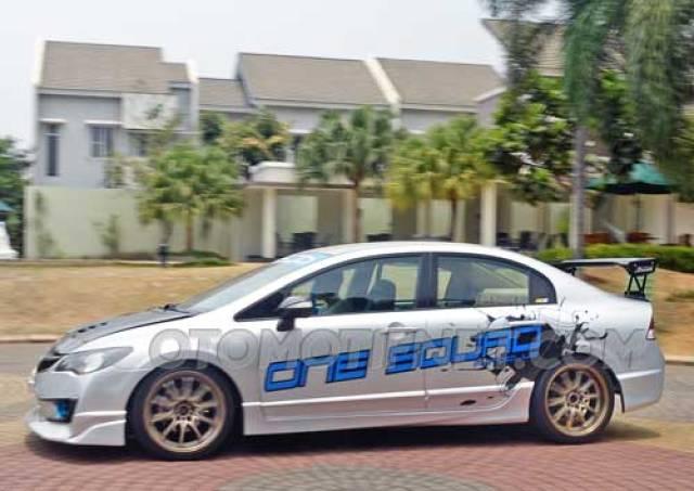 15 Modifikasi Sedan Honda Civic FD1/FD2 Terbaru
