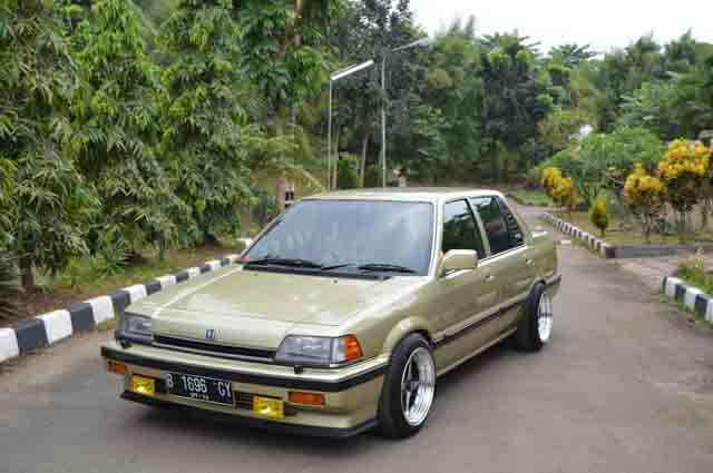 5 Modifikasi Sedan Honda Civic Wonder SB4 Terbaru