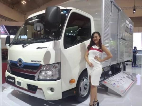 Hino Dutro Hybrid Turut Dipajang di GIIAS 2019