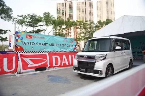 Rasakan Sensasi Mengendarai Empat Mobil Berteknologi Mutakhir Di GIIAS 2019
