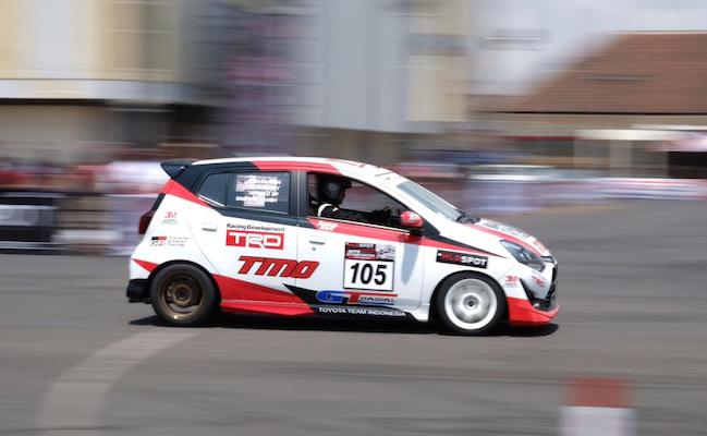 Toyota Agya Pimpin Klasemen Sementara Kelas A dan F