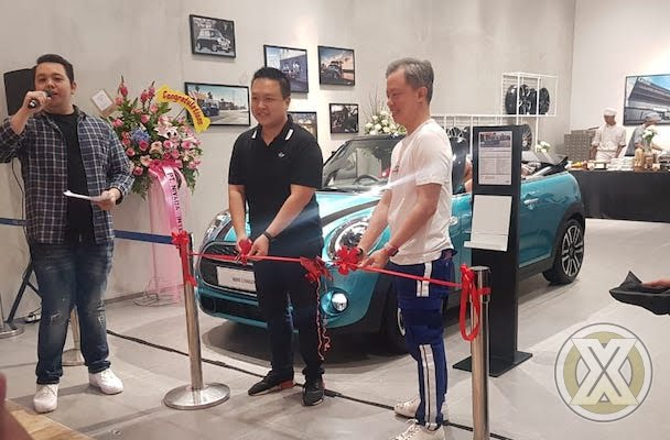 MINI Pop-Up store terbaru Hadir Di PIK Avenue