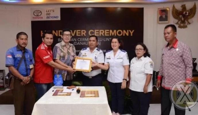 Avanza Tourism Support Program CSR Toyota