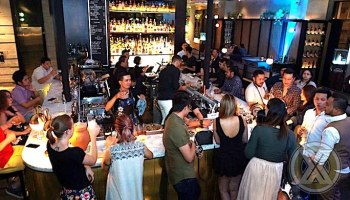 DOUBLE CHIN Restaurant & Bar Adakan BAR TAKE OVER STAR TENDING