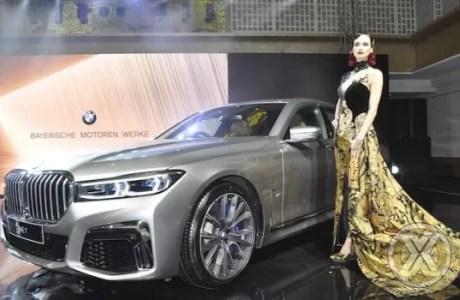 Video BMW 730Li Rakitan Lokal
