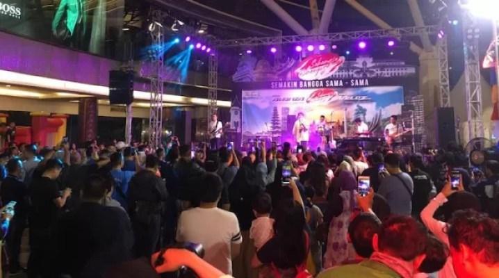 Festival Avanza-Veloz Sebangsa Menjadi Tempat AKhir Pekan Warga Bandung