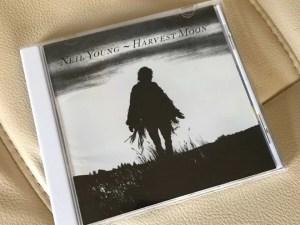 ニール・ヤング『ハーヴェスト・ムーン』を聴く