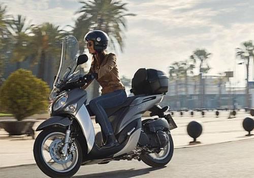 Spesifikasi dan Harga Yamaha Xenter 125 Terbaru