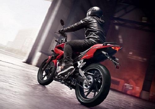Review Honda CB150R Streetfire