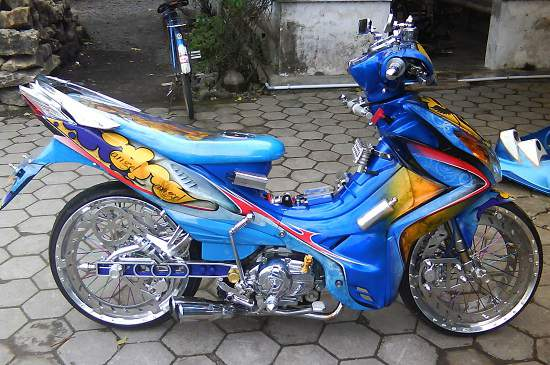 Full Airbrush Yamaha Jupiter Z