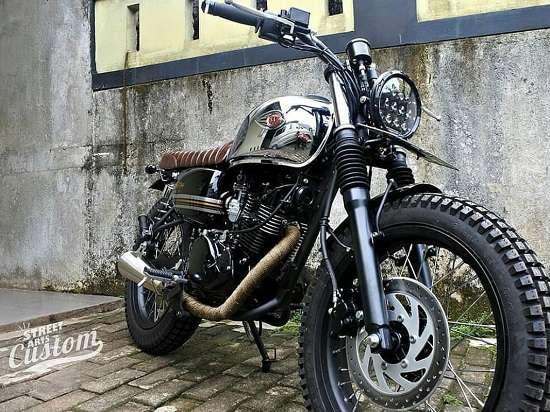 Gambar Modifikasi Kawasaki W175 Tracker