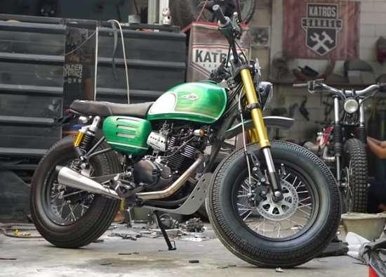 Gaya Tracker Motor Kawasaki W175