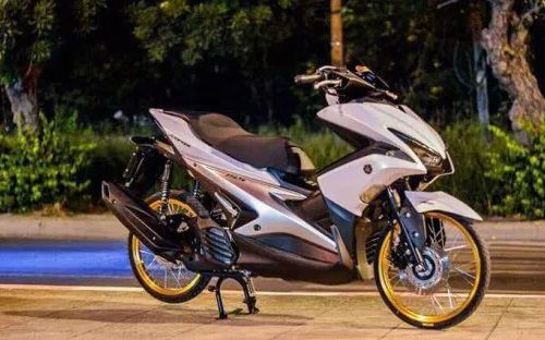 Modifikasi Yamaha Aerox Thai Look