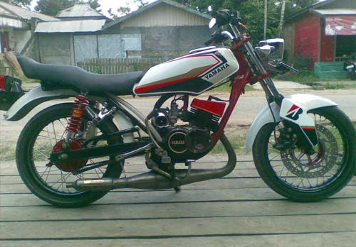 "Modifikasi Yamaha RX King ""Road Race"""