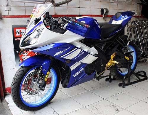 Modifikasi Yamaha R15 Velg Jari-Jari