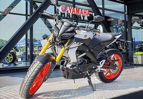 Harga Yamaha MT-15 Terbaru 2019: Review, Spesifikasi Dan Gambar