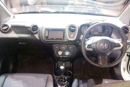 20140619_125625_Interior-Honda-Mobilio-RS