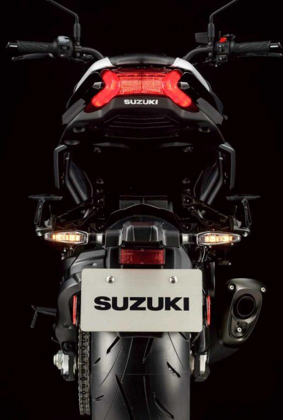 23-59-41-2020-Suzuki-Katana-04-696x1033.jpg