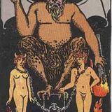 タロットカード「15:悪魔」の意味と解釈【恋愛・復縁・片思い占い方法】