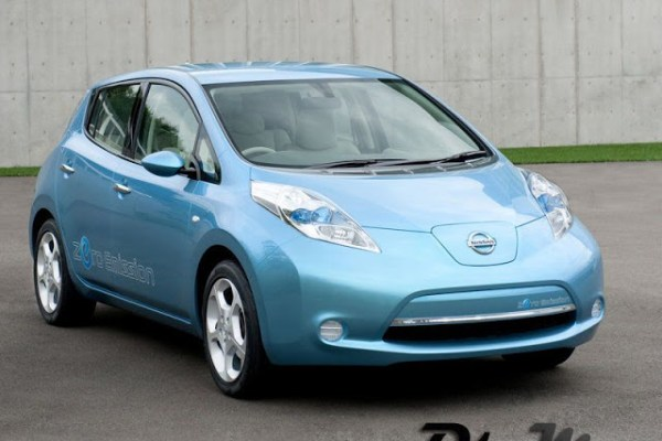 Nissan-LEAF_2011