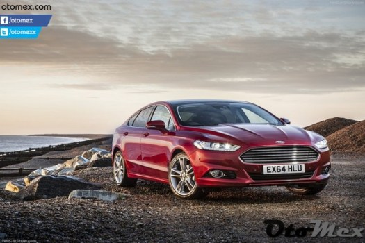 Ford-Mondeo_2015