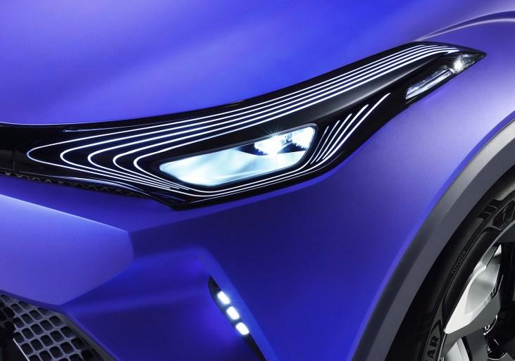 Toyota C-HR Far