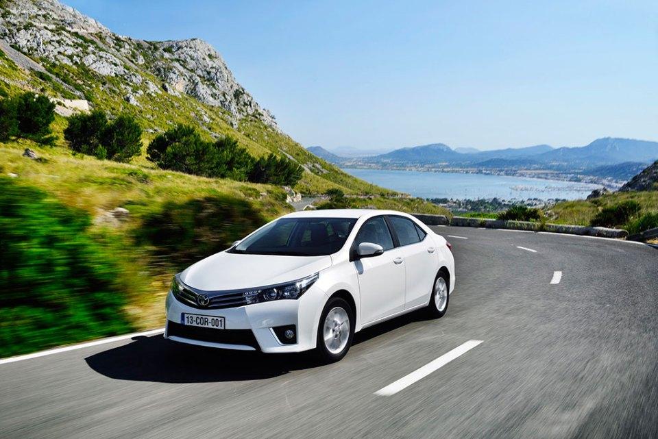 Toyota 2015'te Kendi Satış Rekorunu Kırdı | Otomobilkolik