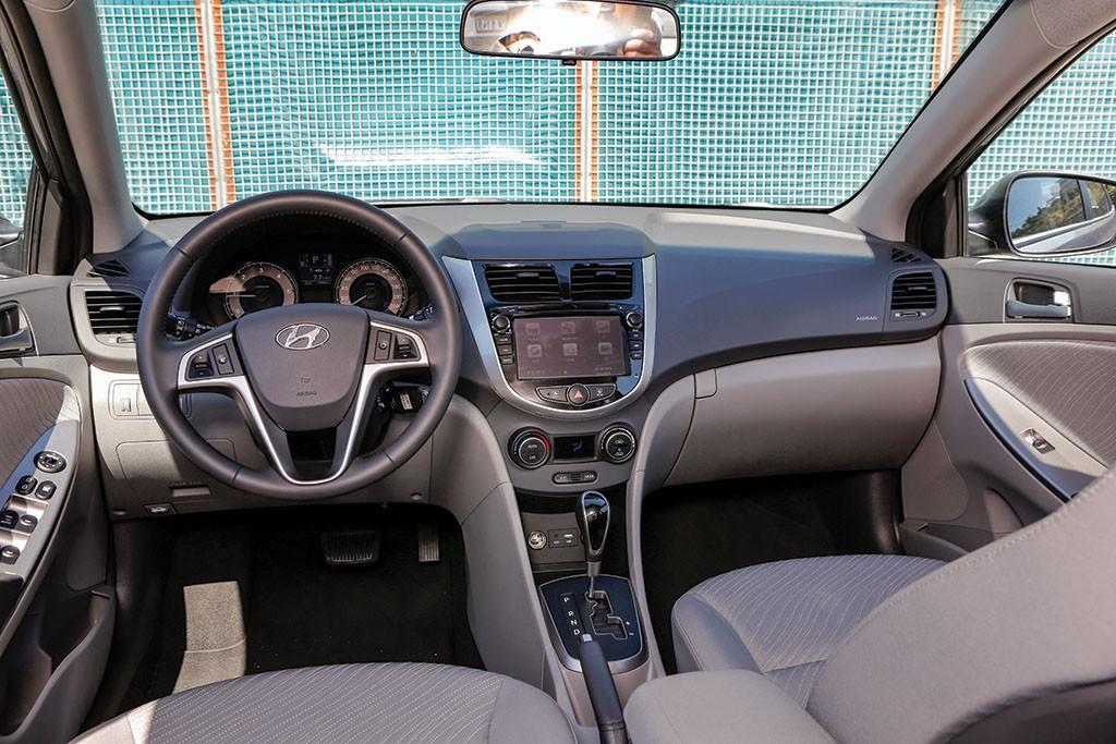 Hyundai-Accent-test3
