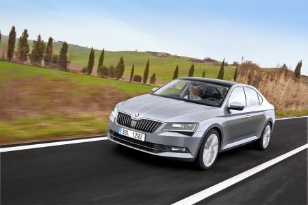 450x300xSkoda-Superb-2.jpg.pagespeed.ic.hAUT059F0k