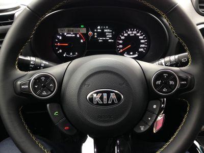 Kia-Soul-1.6L-CRDI-direksiyon-gösterge-ekren