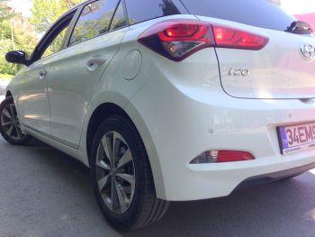 Yeni-Hyundai-i20-1.4-CRDI-arka.