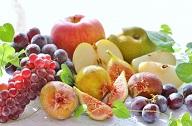 数々のフルーツが集合している画像