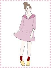 ミニのスカートを穿いて太ももを露出している女性