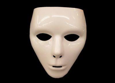白塗りの仮面のイメージ
