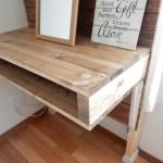 2×4材で簡単テーブル作り♪ディアウォールで作った壁に取り付けたらすごく良い!