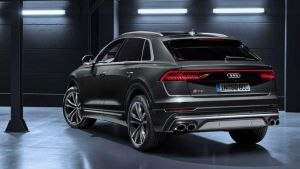Audi SQ back