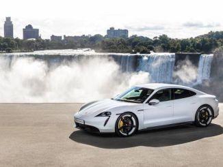 porschenin ilk tamamen elektrikli spor otomobili porsche taycan