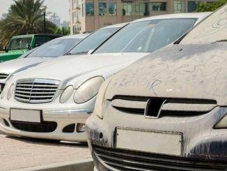 dubai belediyesi sokakta birakilan kirli araclari acik arttirmayla satacak
