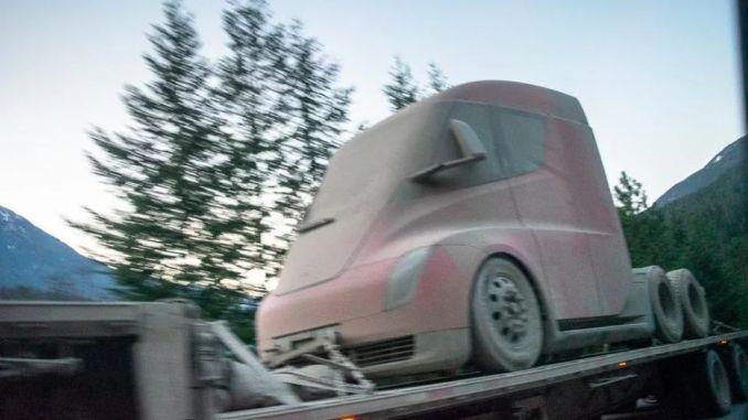 Tesla Semi Truck Kış Testinden Dönerken