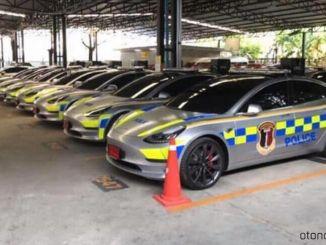 Minú milióny dolárov na policajné vozidlá značky Tesla