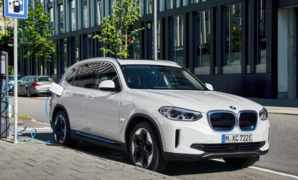 BMW İlk Elektrikli Araç X' İ yılında Türkiyede Satışa Çıkacak