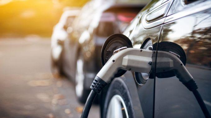 Üks inimene soovib osta elektrisõidukit
