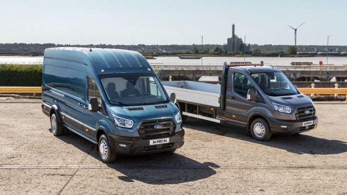 tonni uut Fordi kaubikut ja veoautot