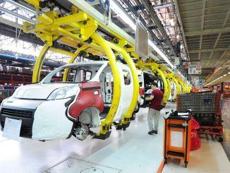 Автомобилният завод Tofas Turk ще спре производството