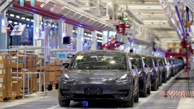 Tesla lokaliserar en procent av sin produktion på kinesiska