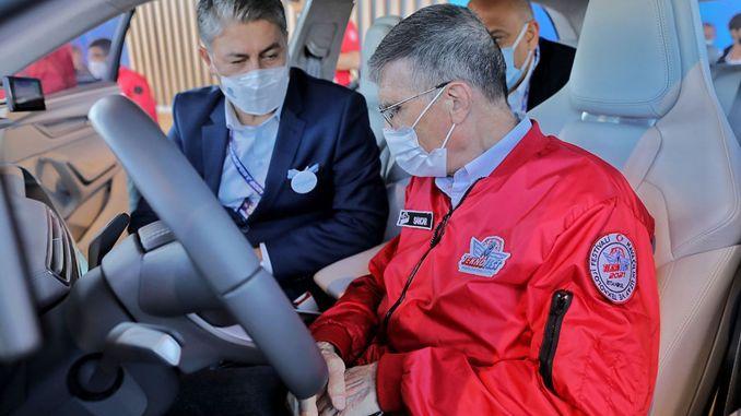 prof dr saint sancar got behind the wheel of domestic car toggun