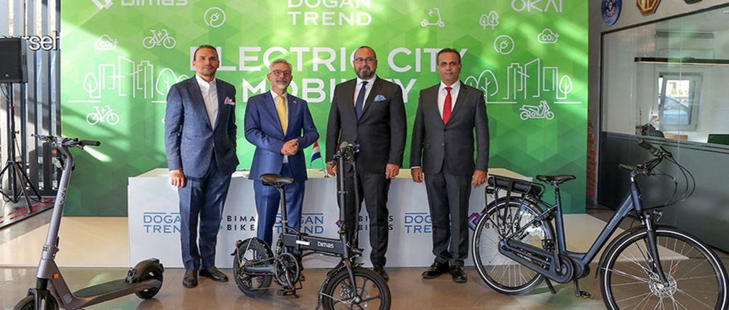 electric bike scooter in auto trunks zamani